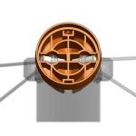 Система шарнирного закрепления троссовой системы качелей в стойке двусторонняя